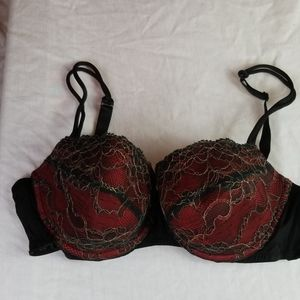 Cacique red &black bra 42c